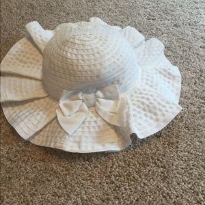 Janie and Jack infant sun hat.